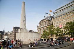 melhores hostels en Amsterdam Dam
