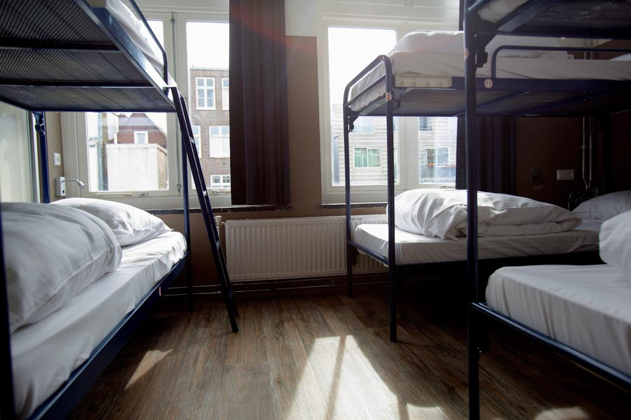 18 bed male or female dorm