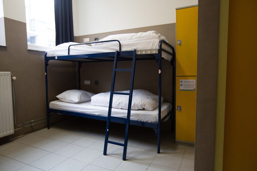6 bed male or female dorm