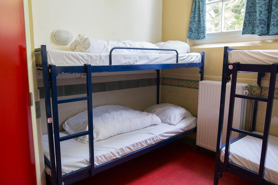 6 bed male dorm